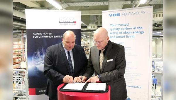 Vertragsunterzeichnung zwischen BMZ und VDE