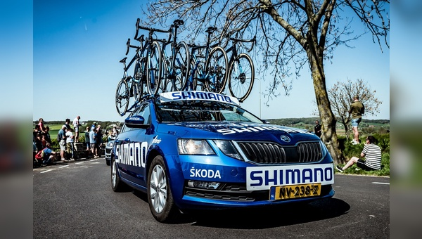 Die blauen Fahrzeuge sind in diesem Jahr auch als neutrale Servicefahrzeuge bei der Tour de France unterwegs.