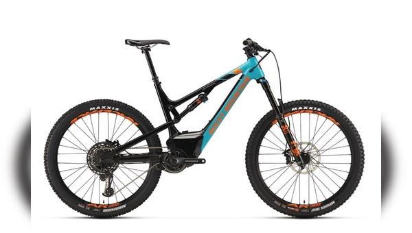 Rocky-Mountain mit neuen E-Mountainbikes.