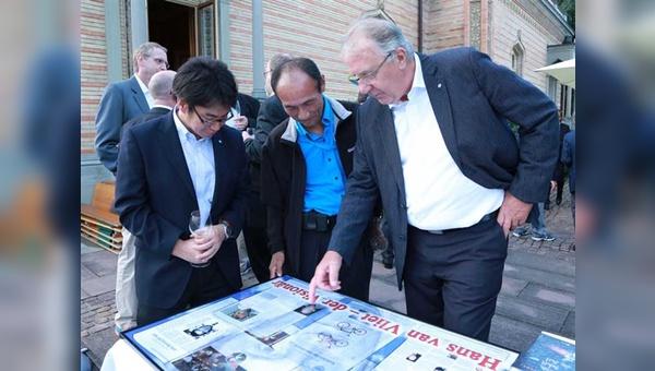 Auf der Eurobike feierte Hans van Vliet mit vielen langjährigen Weggefährten den Abschied aus dem Berufsleben.