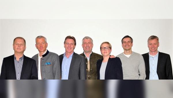 v.l.: Willhelm Humpert, Konrad Irlbacher, Volker Thiemann, Bernhard Lange, Severine Lönne, Fabian Auch