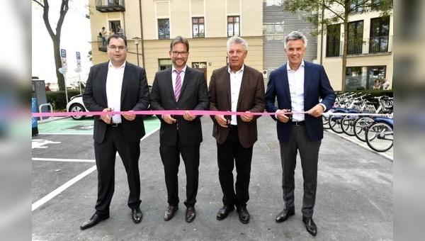 Bei der Eröffnung (von links): Ingo Wortmann, Florian Pronold, Dieter Reiter, Peter Schwarzenbauer.