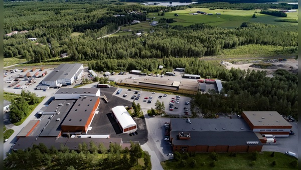 Der Zubehoerhersteller produziert in Finnland.