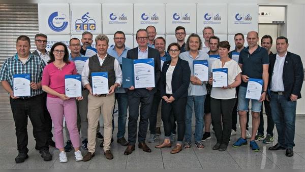 17 Händler wurden in Köln als ZEG-Qualitätswerkstatt zertifiziert.