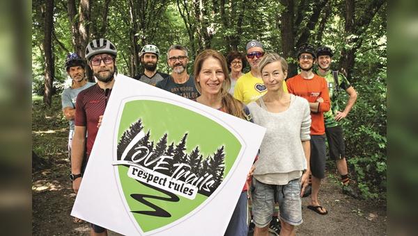 """Die Redaktionsteams von Bike, Freeride und EMTB stehen hinter der Kampagne """"Love Trails - respect rules""""."""