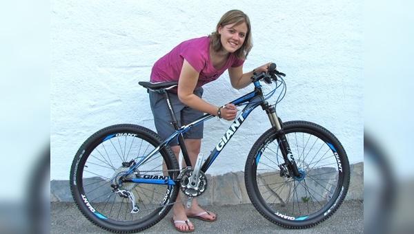 Handsigniert von einer Weltmeisterin - Charity-Bike von Giant