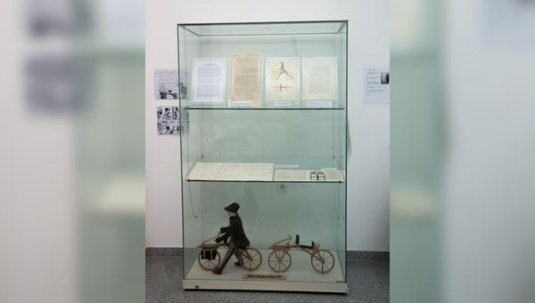 Schülerausstellung zum Thema Fahrradgeschichte in Ludwigsburg