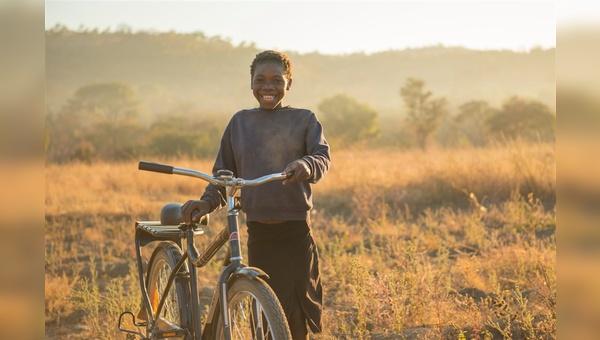 Spendenaktion für Kinderräder in Sambia von Woom und WBR