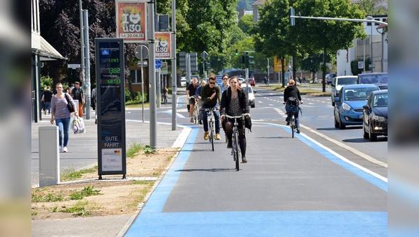 Auch in Bayern soll nun verstärkt in Radwege investiert werden.