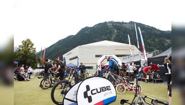 Bike Fans trafen sich am Expo Areal des Europahaus.