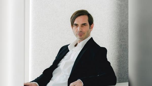 Dr. Hans Dohrmann - CEO Internetstores