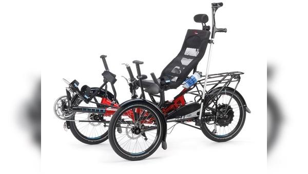 Reha-Räder sind angepasstes Hightech, wie der Scorpion Plus von HP Velotechnik mit Aufstehhilfe, Spezialpedal und Gehhilfenhalter zeigt.