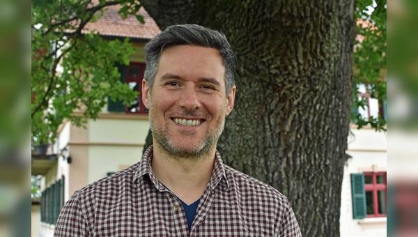 Daniel Hrkac ist neuer Redakteur beim Fritsch & Wetzstein Verlag OHG.