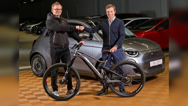 Alexander Kaiser, Deputy CEO und COO der Fleetpool Group, und Thomas Bernik, Founder, Co-CEO and Managing Director, Rebike Mobility GmbH