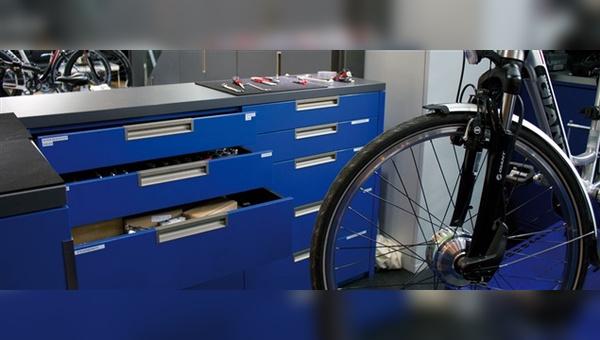 Umbauten an Pedelecs durch Fahrradhändler sind laut ZIV keine rechtliche Grauzone.