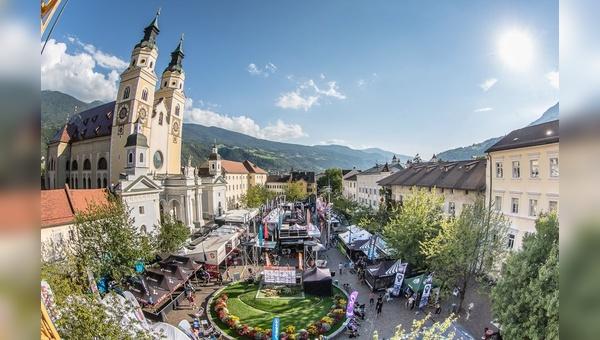 Brixen lockt im September Mountainbiker und Aussteller an.