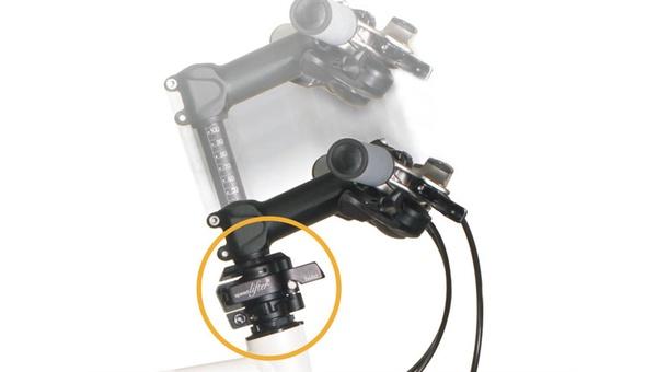 """Die neue Version """"Twist"""": Mit einem Handgriff kann der Lenker nicht nur in der Höhe verstellt werden, sondern auch in eine platzsparende Parkposition."""