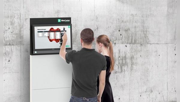 """Alex Thusbass präsentiert """"BikeCenter"""" und ein neu gegründetes Unternehmen"""