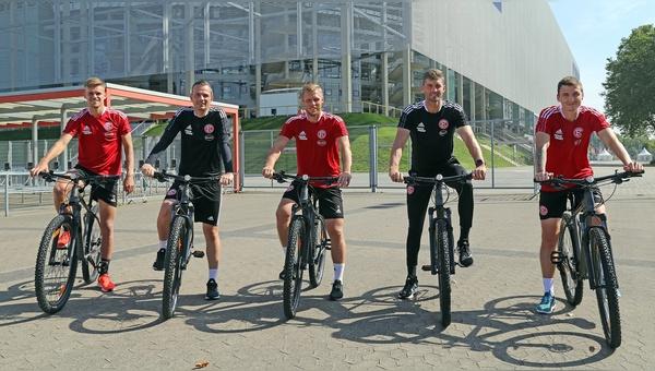 Radfahren zur Regeneration - mit Raedern von Lucky Bike