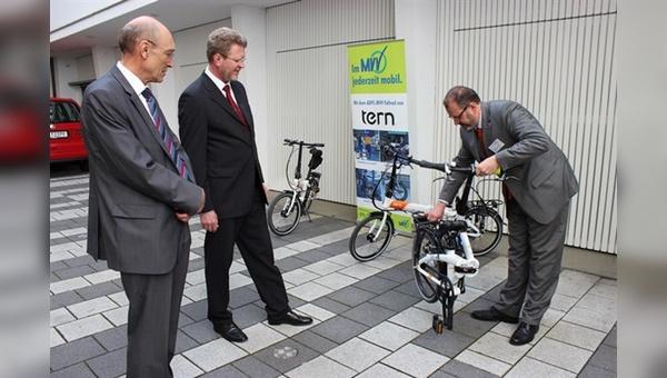 Demonstration am Objekt: der Bayerische Umweltminister Dr. Marcel Huber und Armin Falkenhein, Landesvorsitzender des ADFC Bayern