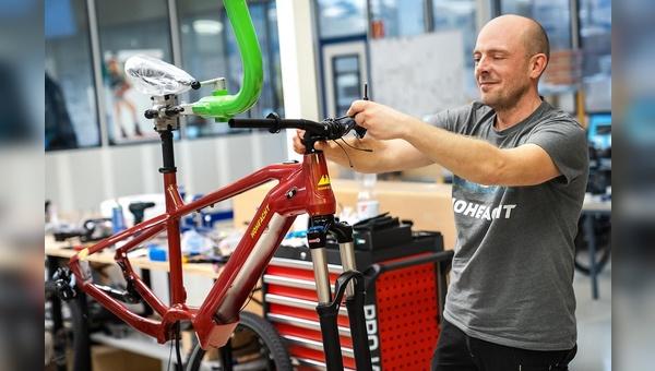 Die HoheAcht-Räder werden in der eigenen Porduktionsstätte in Stassfurt gefertigt.