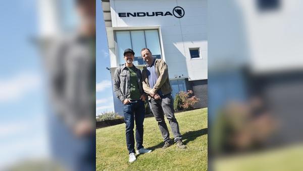 Jim McFarlane (rechts) hat Endura vor rund 26 Jahren in Edinburgh gegründet, Richard Thomas verantwortet seit 2011 die Geschäfte in der DACH-Region.