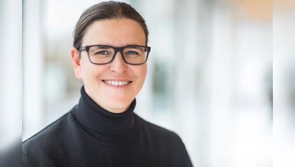 Katja Krause sorgt in Berlin dafuer, dass die Verkehrswende und insbesondere der Ausbau der Radwege zuegig vorangeht.