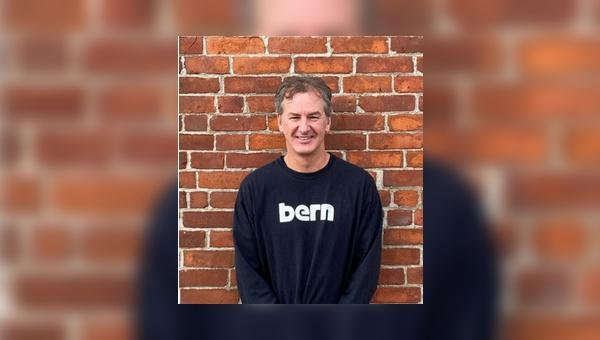 CEO Dennis Leedom