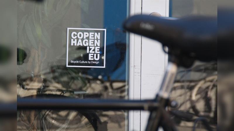 Bei Copenhagenize werden urbane Verkehrskonzepte für Metropolen in aller Welt erdacht.