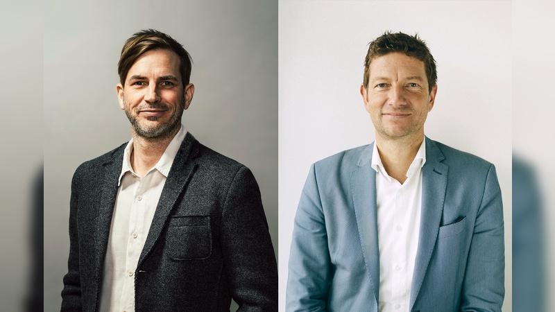 links: Hans Dohrmann (Internetstores), rechts: Peter Möle (EPEA)
