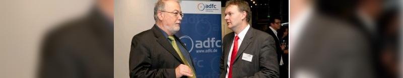 Geschäftsführer wechsel nach 25 Jahren: Horst Hahn-Klöckner übergibt an Burkhard Stork
