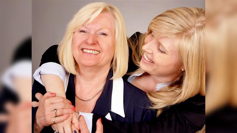 Vor drei Jahren hat Yasmin von Schweinitz die Unternehmensführung von Mutter Silvia übernommen, die seitdem als Creative Director im Familienbetrieb fungiert.