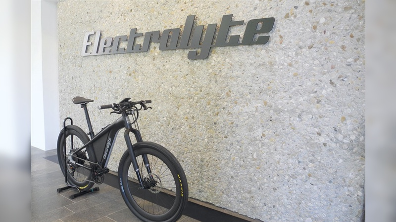 E-Bikes, deren Ästhetik auch Rennradfahrer anspricht, zählen zum Kerngeschäft von Electrolyte.