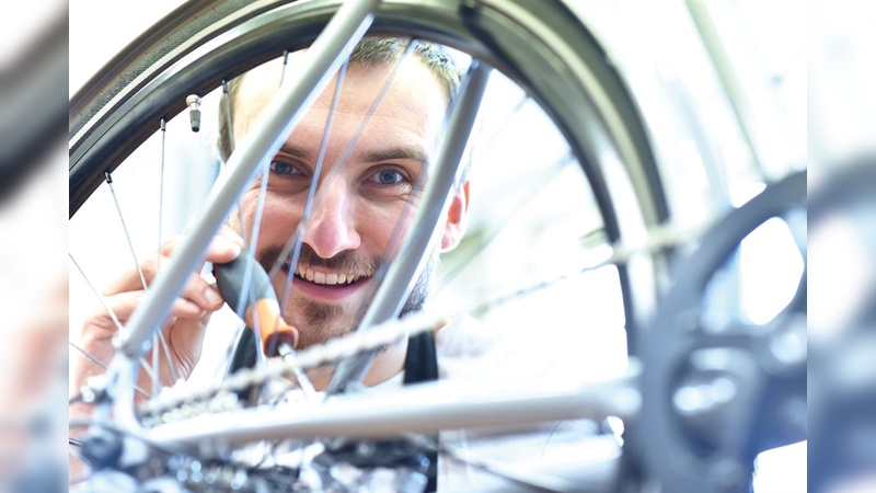 Viele Menschen würden durchaus gerne im Fahrradhandel arbeiten, werden aber von den niedrigen Gehaltsaussichten abgeschreckt.