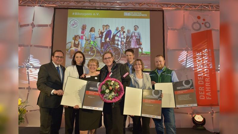 Die glücklichen Gewinner des Deutschen Fahrradpreises 2018.