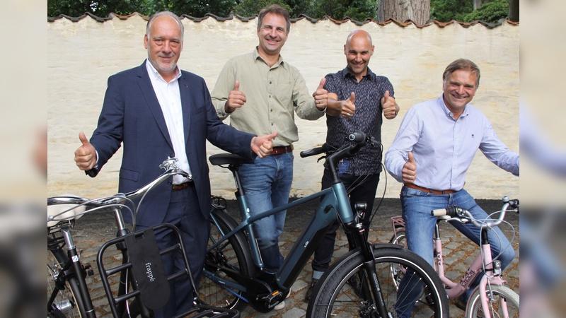Die Beerens Group und Fahrradgroßhändler Van der Wal treten künftig gemeinsam in die Pedale.