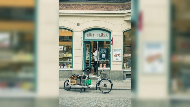 Stylish und praktisch: Der  Wocheneinkauf stellt für Cargobikes kein Problem dar.
