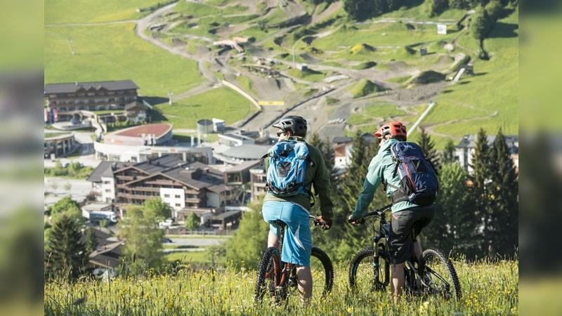 Touristische Zentren, wie hier Leogang im Pinzgau, werden immer einfallsreicher, um Fahrradurlauber anzulocken.