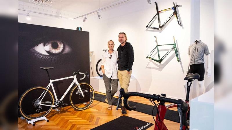 Symen und Stefan Schendel bringen High-End-Räder im passenden Ambiente an den Mann und die Frau.