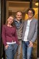Die neuen Franchise-Nehmer Andrea und Jan Vienna mit Maloja-GF Klaus Haas